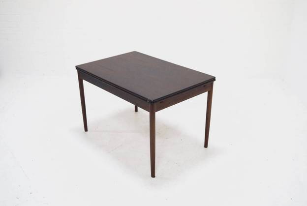 Mid-Century Extendable Rosewood Dining Table Danish Design 1960's