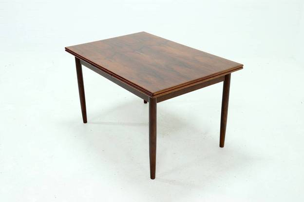 Extendable Rosewood Dining Table Danish Design 1960s