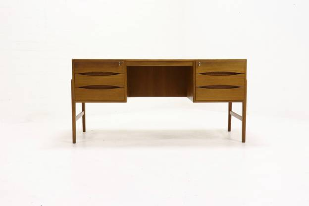 Exceptional Teak Executive Desk Attr. Arne Vodder 1960s