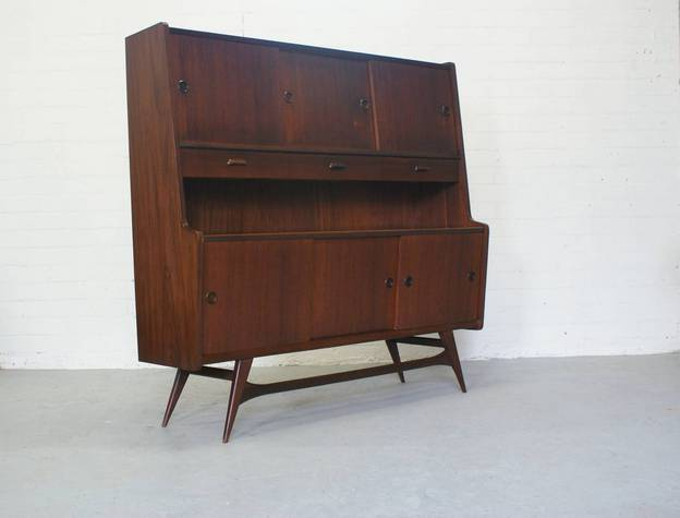 Webe highboard Louis van Teeffelen