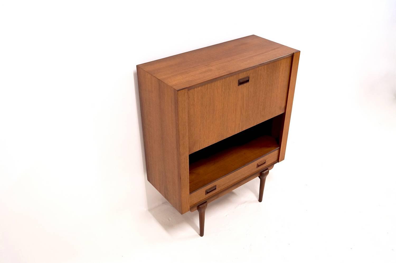 #1D040322387460 New Storage Seating Tables/desks Lighting Other Sold Aanbevolen Deens Design Wandmeubel 1029 afbeelding/foto 15009971029 beeld