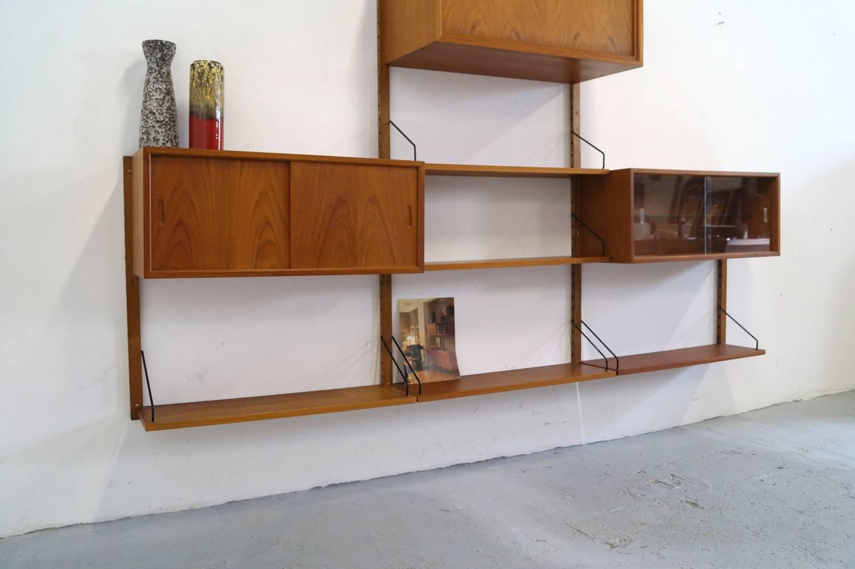 #743F1C22384260 Vintage Poul Cadovius Royal Wandsysteem Danish Wall Unit Pictures To  Van de bovenste plank Deens Design Meubelen Vintage 1023 beeld 15009971023 Inspiratie