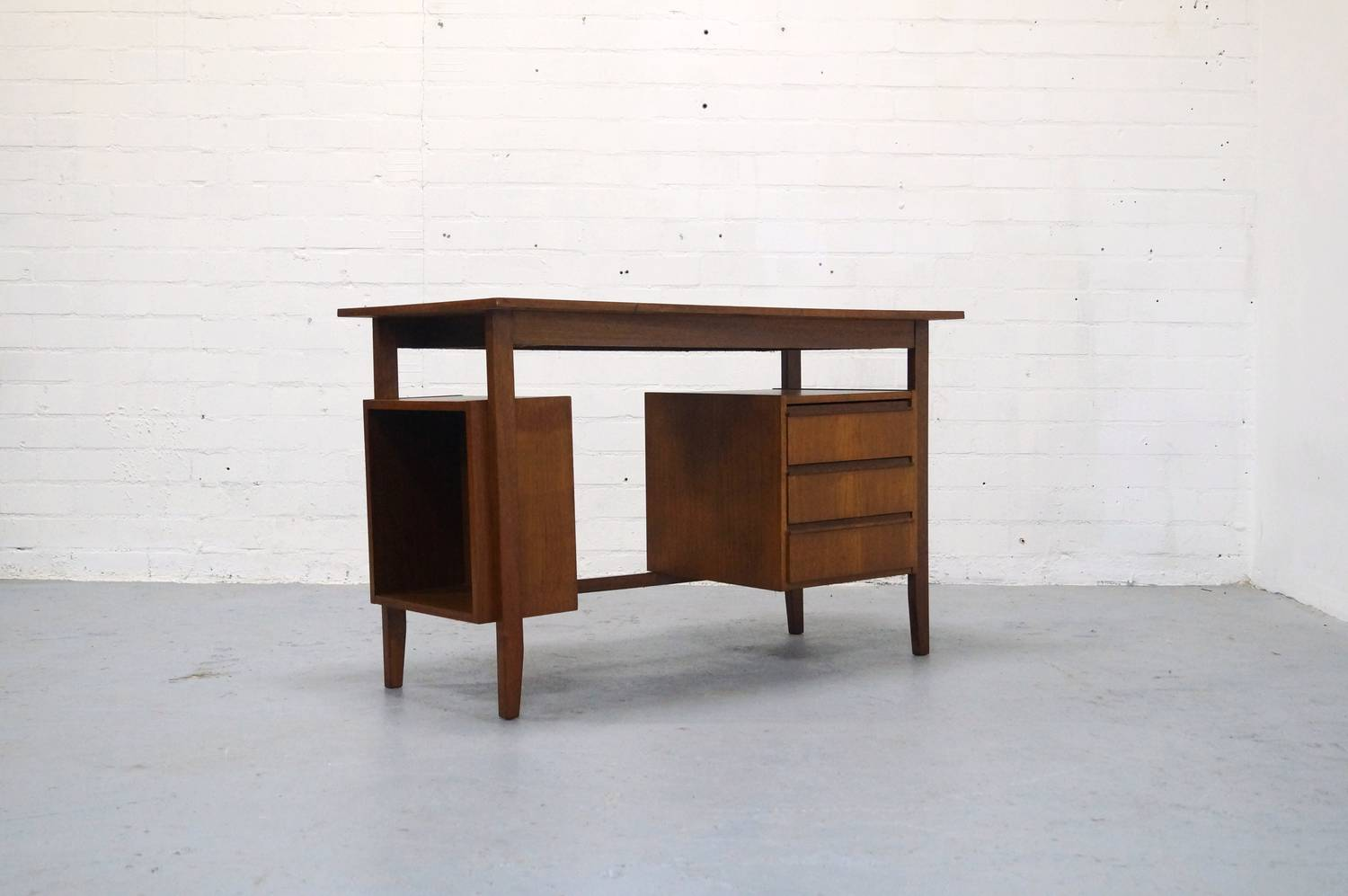 nice mid century home design 7 vintage teak bureau jaren 50 60 design mid century retro desk. Black Bedroom Furniture Sets. Home Design Ideas